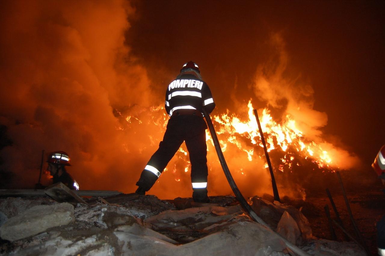 incendiu_falticeni