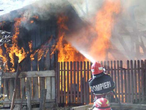 incendiu_locuinta