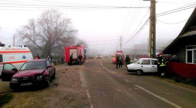 Coliziune frontală între două mașini la Bogdănești