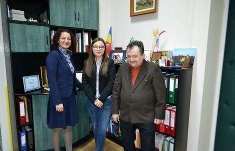 director-cristina-nechifor-eleva-ana-maria-cotun-profesor-marcel-porof-1