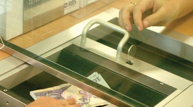 Au fost eliminate mai multe comisioane bancare
